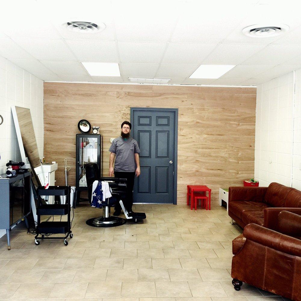 The Barbershop: 1019 N Airline Hwy, Gonzales, LA