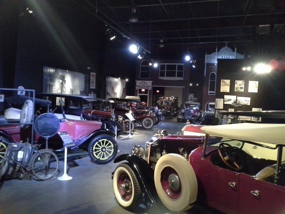 Social Spots from Auto World Museum & Expo