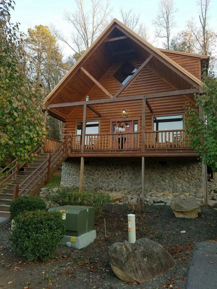 White Oak Lodge & Resort  - Slideshow Image 1