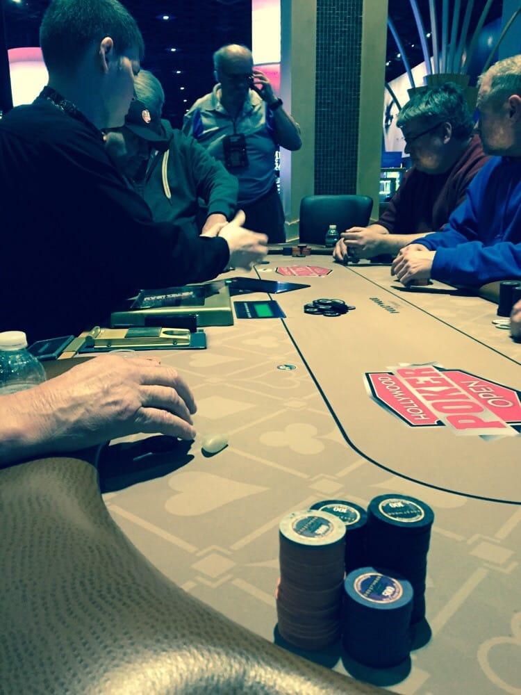 Hollywood casino charlestown poker tournament schedule