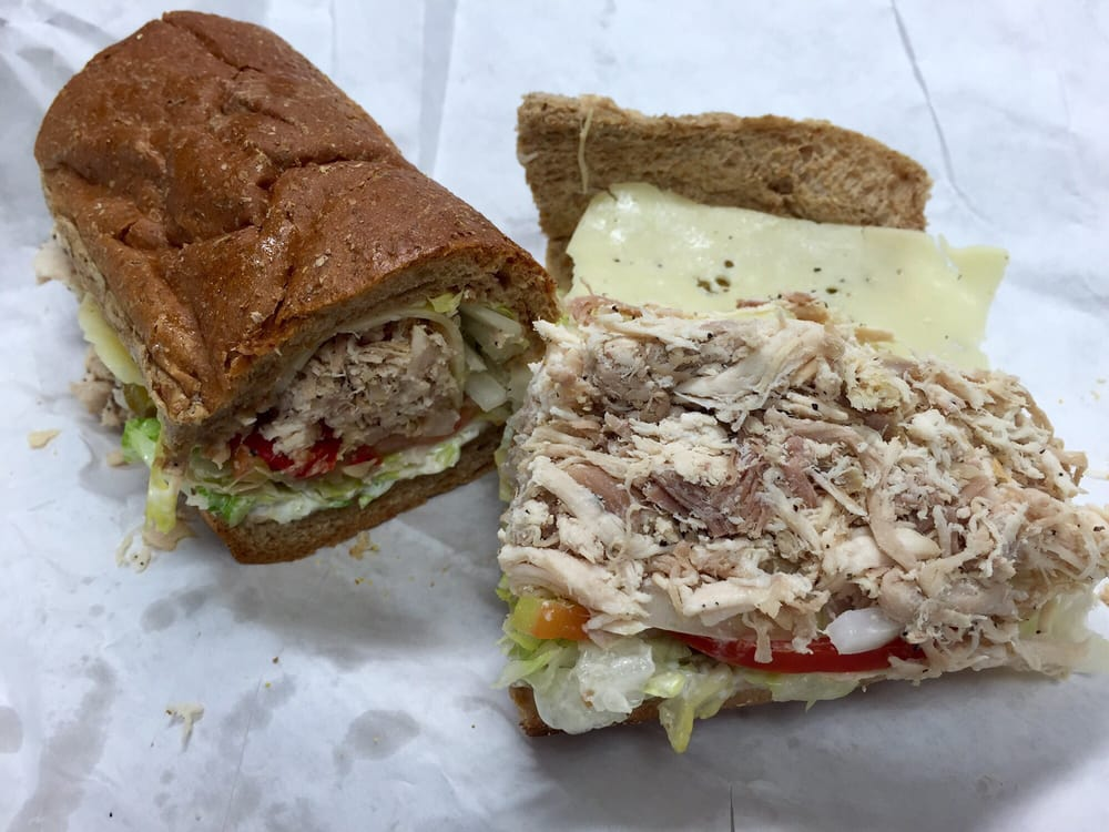 D'Best Sandwich Shop: 5201 N Dixie Hwy, Boca Raton, FL