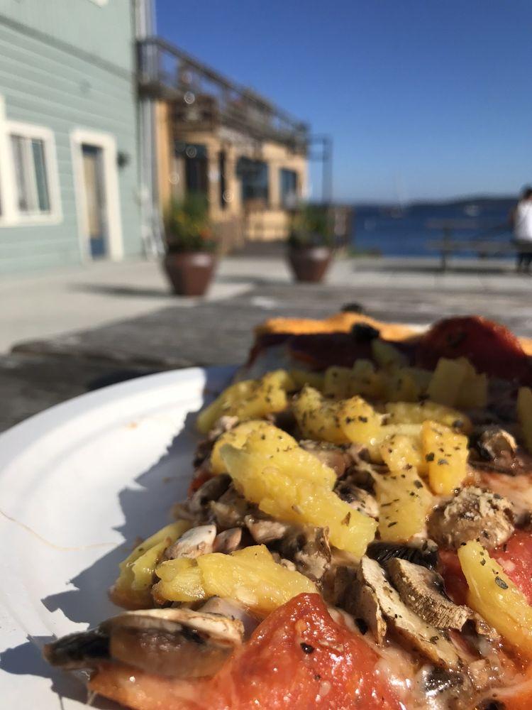 Waterfront Pizza: 951 Water St, Port Townsend, WA