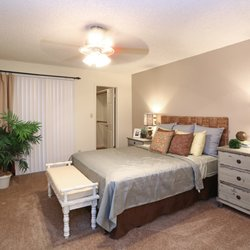 Waterford Place - 42 Photos & 16 Reviews - Apartments - 1055 W ...
