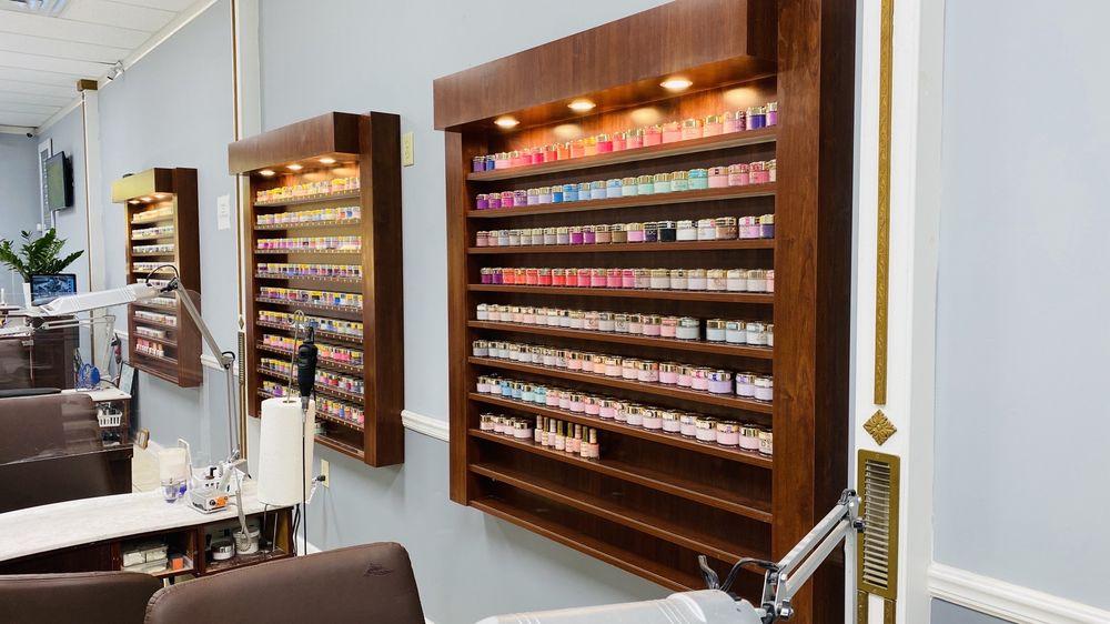 Michael's Nails and Spa: 1901 Charles Blvd, Greenville, NC