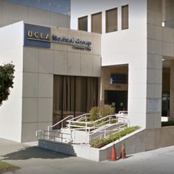 UCLA Care Center - Medical Centers - 1399 S Roxbury Drive