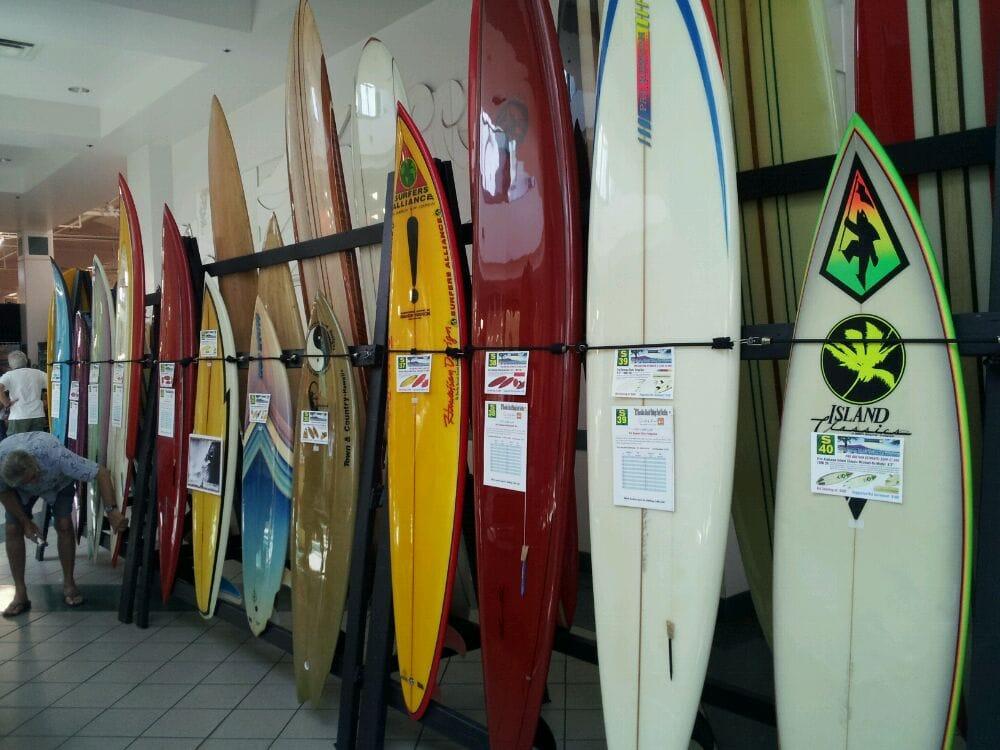 Hawaiian Vintage Surf Auction
