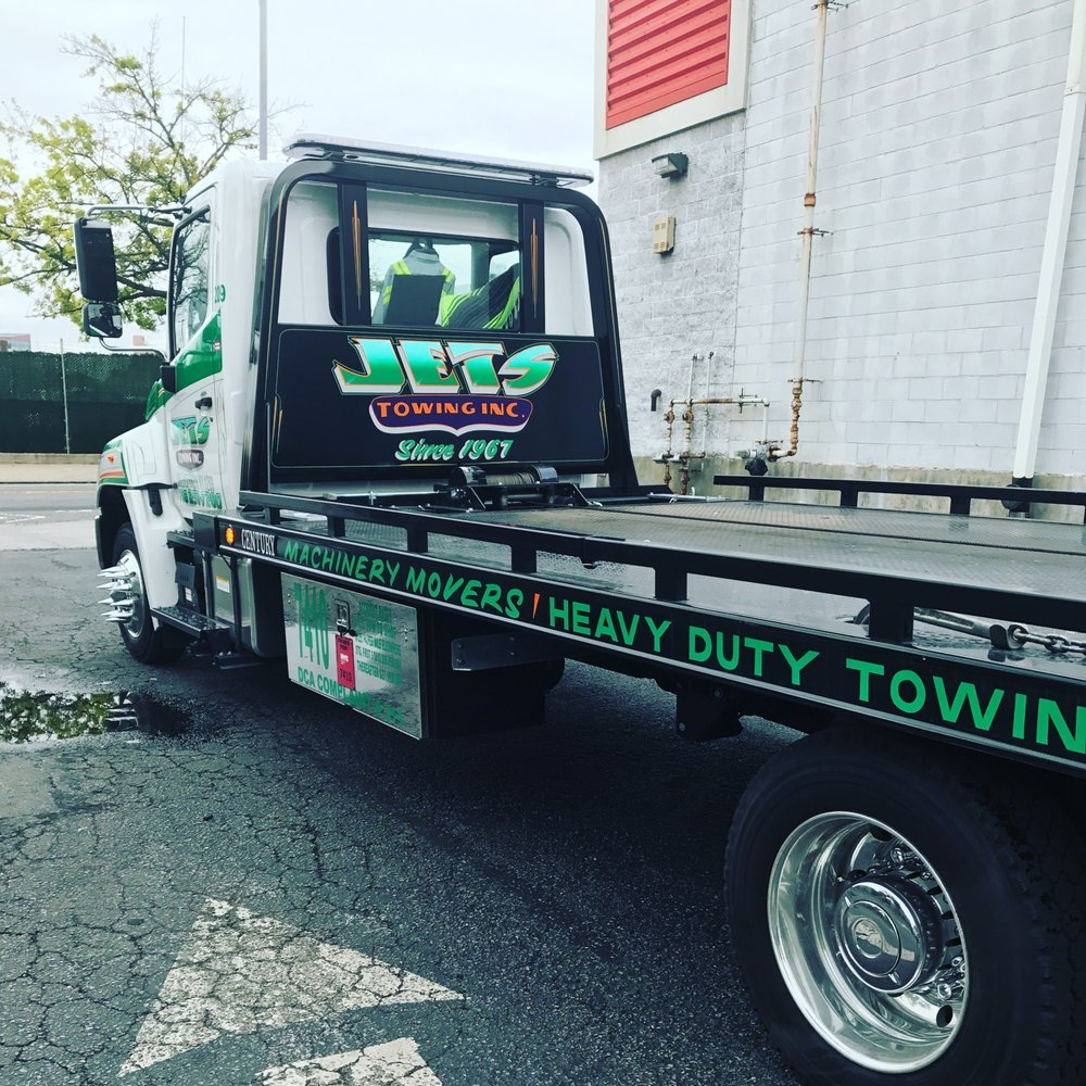 Towing business in The Bronx, NY