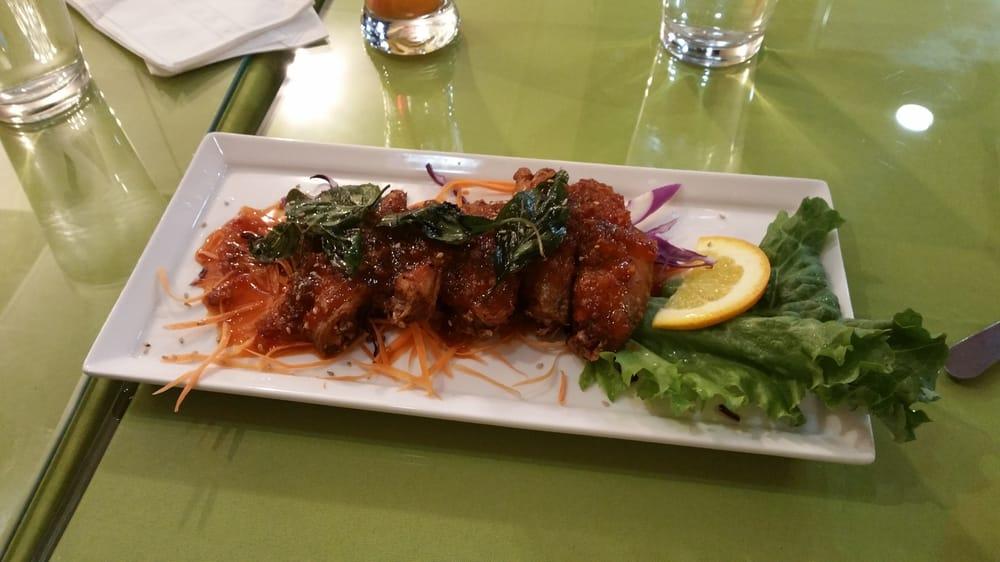 Angel wings yelp for Angel thai cuisine