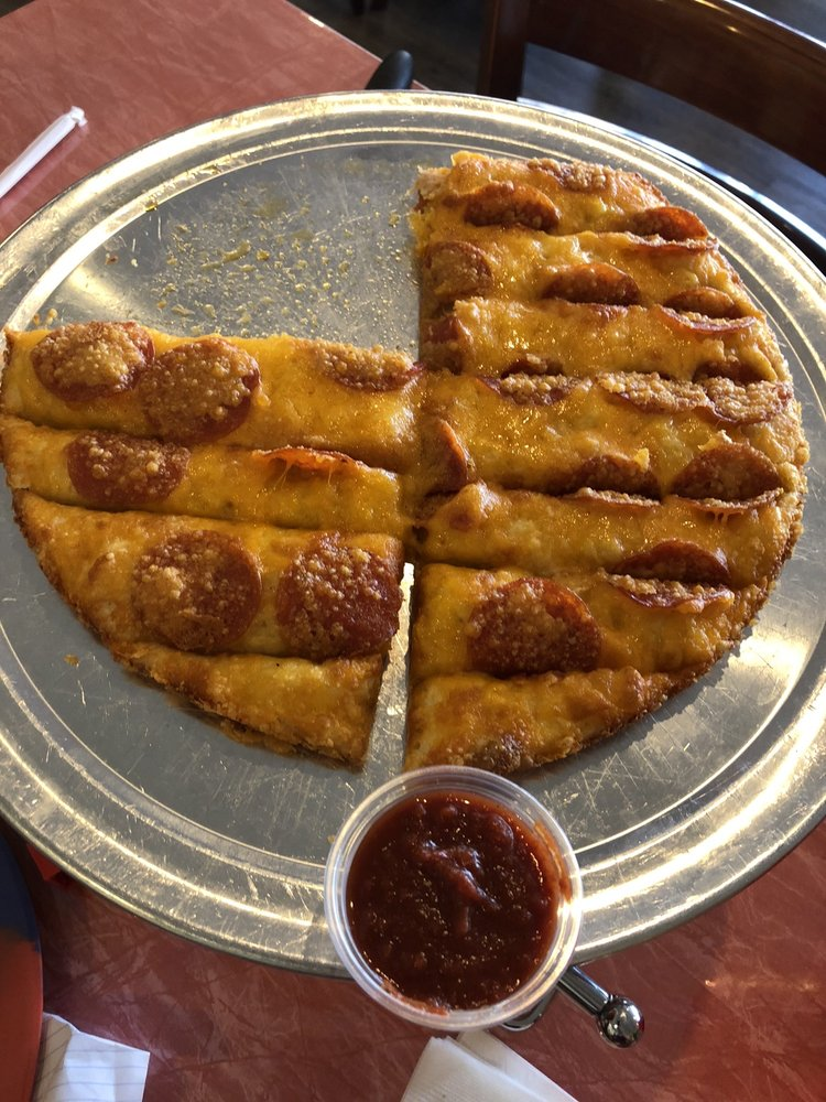 Gooey's Pizza Waycross GA: 910 Memorial Dr, Waycross, GA