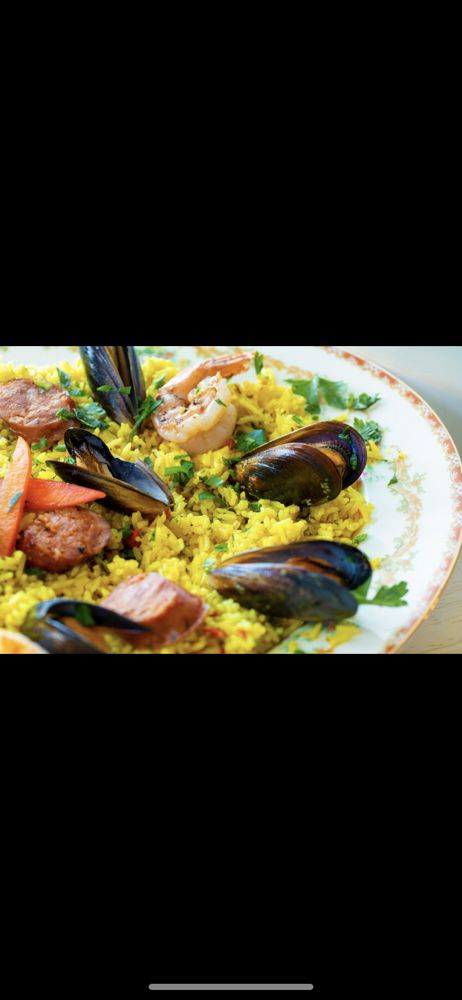 Go Fish Seafood: 64 W Main St, Bogota, NJ