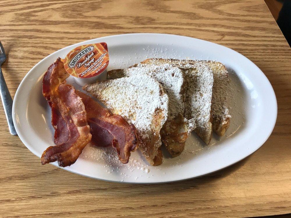 Annie Mae's Coffee Shop & Cafe: 303 N Main St, Winnsboro, TX