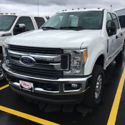 Ford Rochester Mn >> Rochester Ford Car Dealers 4900 Hwy 52 N Rochester Mn
