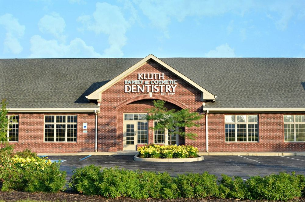 Kluth Family & Cosmetic Dentistry: 2204 S Park Ave, Alexandria, IN