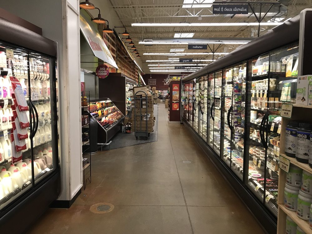 Fresh Thyme Market: 2470 Burton St SE, Grand Rapids, MI