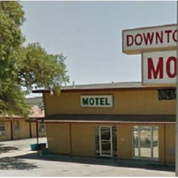 Downtowner Motel Hotels 104 E Goodwin St Pleasanton Tx Phone Number Last Updated January 24 2019 Yelp