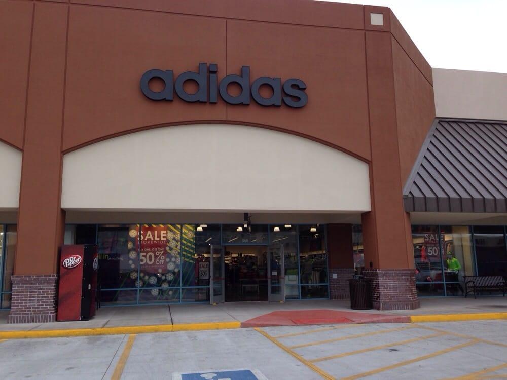 Adidas: 300 Tanger Blvd, Branson, MO