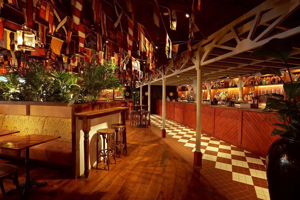 Mrs Fogg's Dockside Drinkery & Distillery