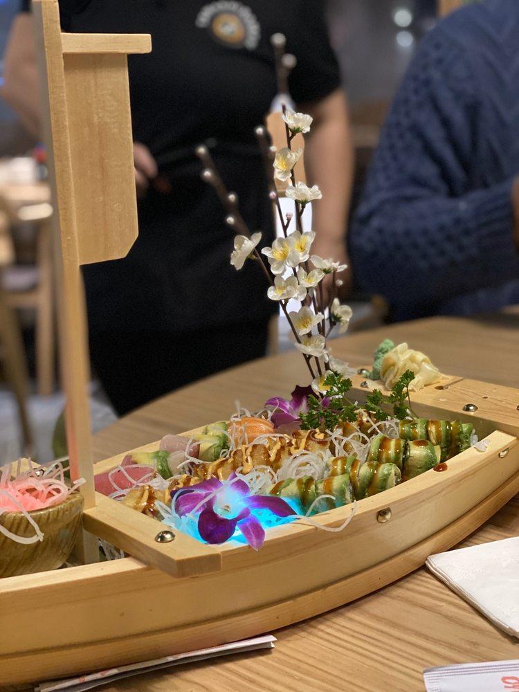 Tamashi Ramen & Sushi Bar: 466 N 900th W, American Fork, UT