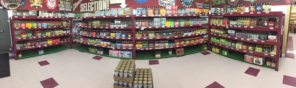Sid's Beverage Store: 2727 Dodge St, Dubuque, IA