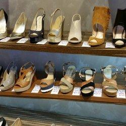wholesale dealer 37958 f31a7 Faraone - Negozi di scarpe - Corso Vittorio Emanuele 36 ...