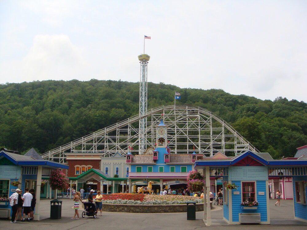 Lake Compounce Family Theme Park: 822 Lake Ave, Southington, CT