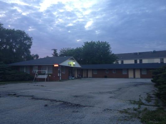 Photo Of Belmont Motel Warrensburg Mo United States