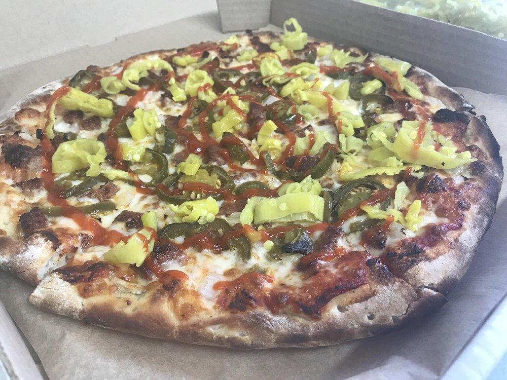 Polar Pizzeria: 29514 Cohoe Loop Rd, Kasilof, AK