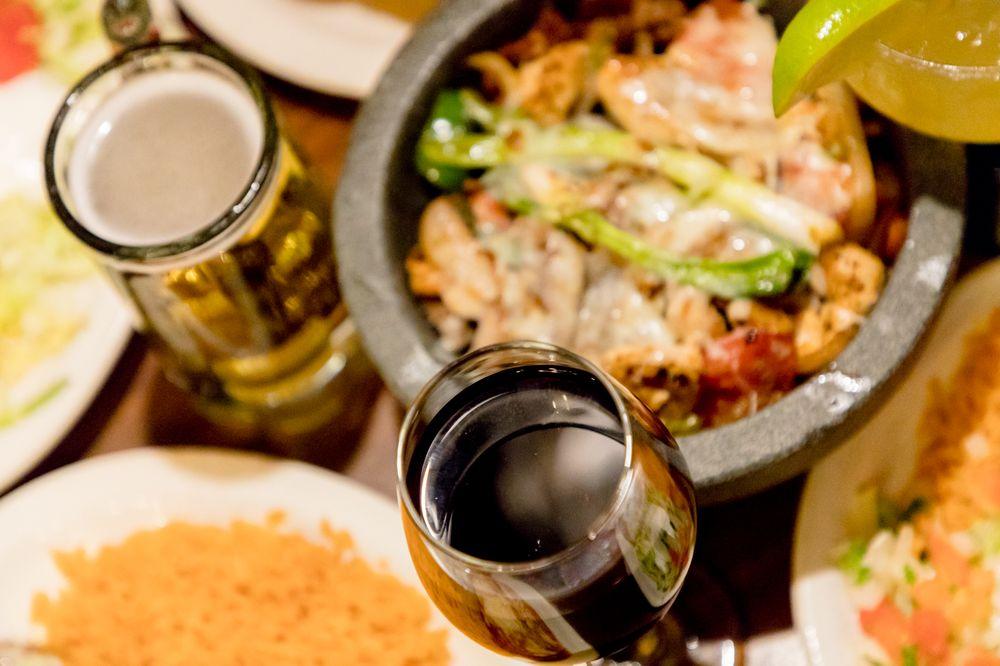 El Jalisco Mexican Grill: 128 E Broad St, Eufaula, AL