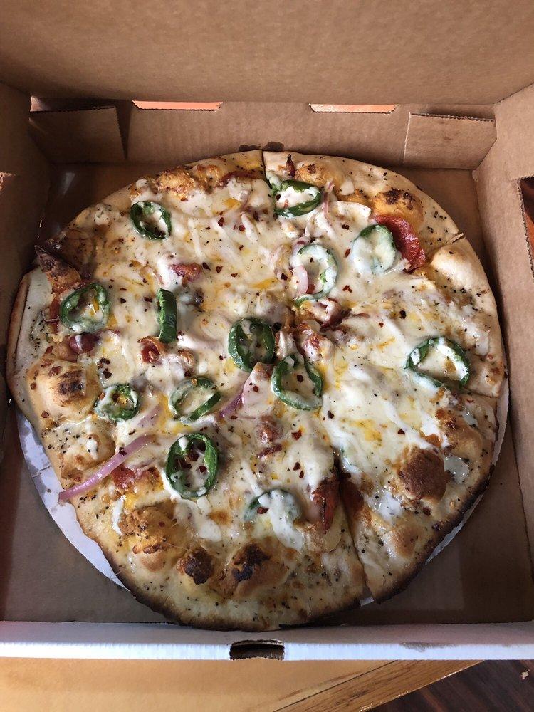 Gusto's Italian Grill & Pizza: 720 S Main St, Shattuck, OK