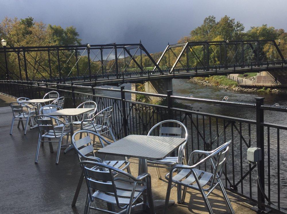 Riversedge Grill: 160 Kent St, Portland, MI