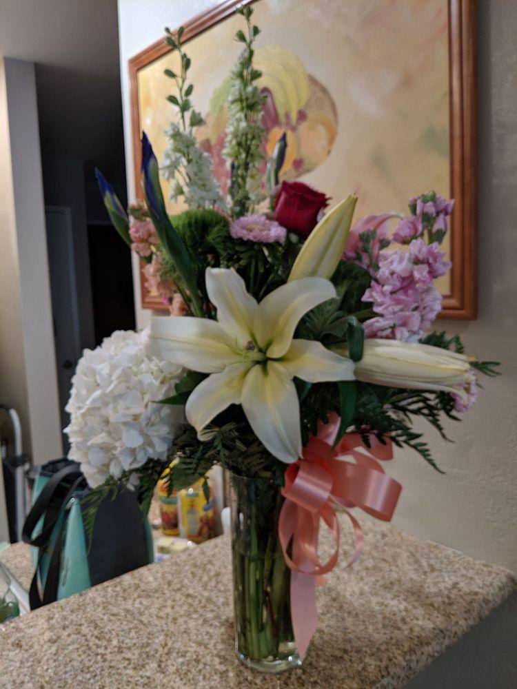 Amazing Flowers: Pittsburg, CA
