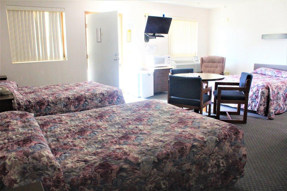 Delux Motel: 5981 US Hwy 175, Ida Grove, IA