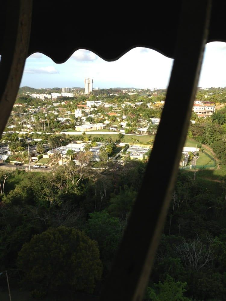 Sky Tower III: Calle Hortensia, San Juan, PR