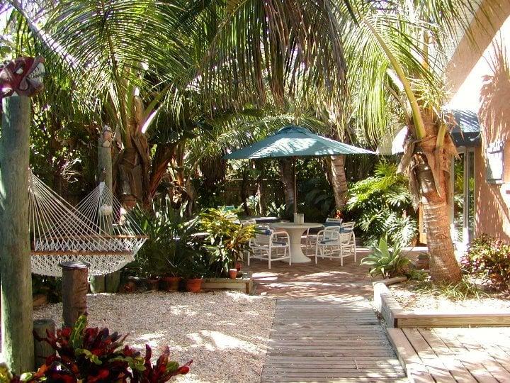 The Beach Bungalow Vacation Rentals 312 Wavecrest Ave