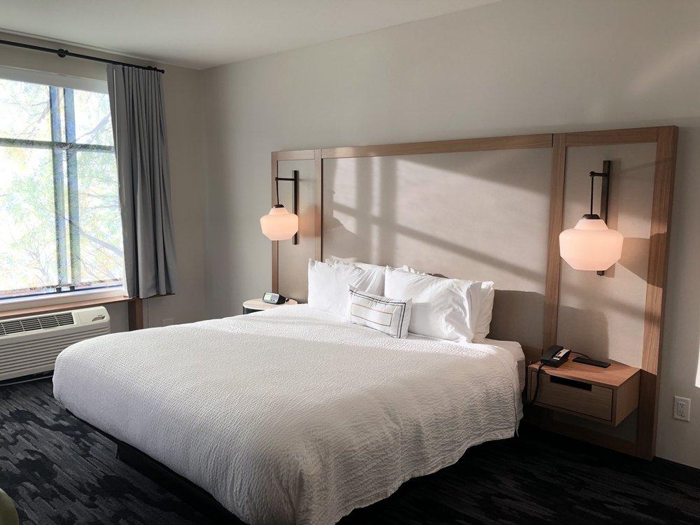 Fairfield Inn & Suites Minneapolis North/Blaine: 10643 Baltimore St NE, Blaine, MN