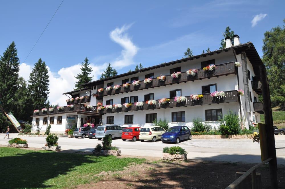 hotel rifugio sores hotel via predaia tres trento