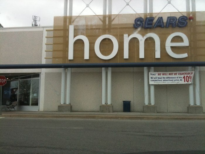 Sears Furniture Stores 3050 Vega Boulevard Erin Mills Mississauga On Phone Number Yelp