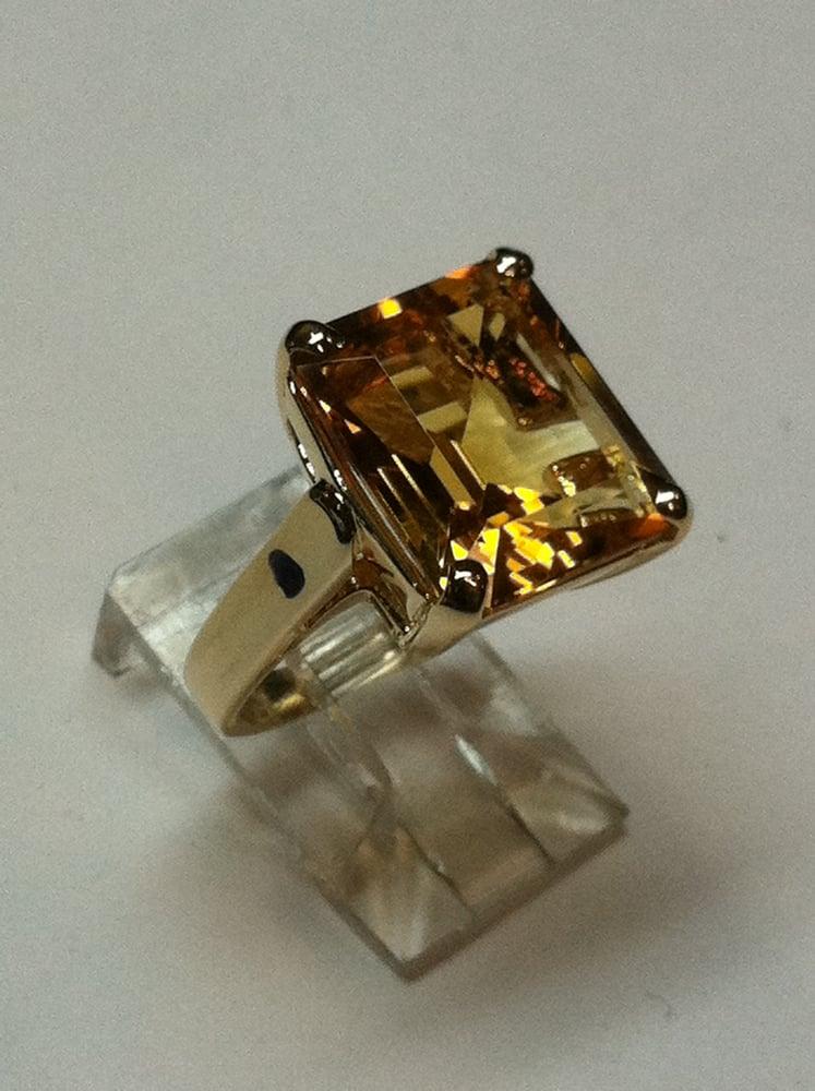 Von Gehr Jewelry Shoppe