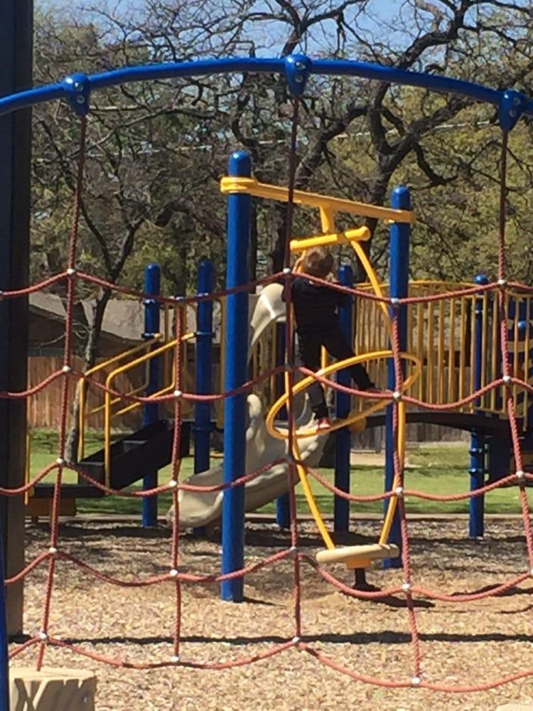 Woodland West Park: 3200 Norwood Ln, Arlington, TX