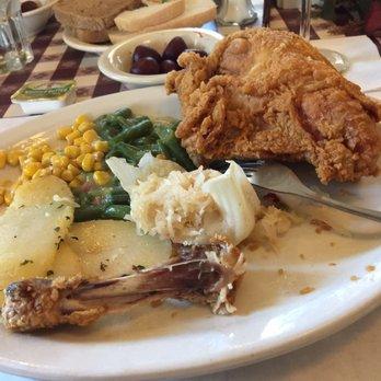 Photo Of Ronneburg Restaurant Amana Ia United States Broasted En With Hone