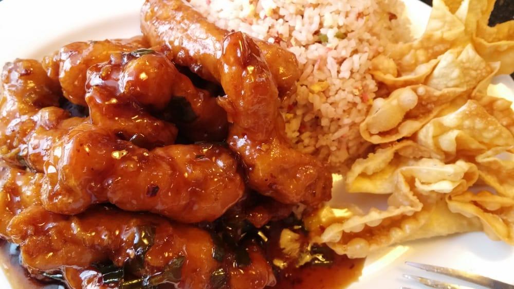 Hunan Chinese Restaurant: 16 NE A St, Madras, OR