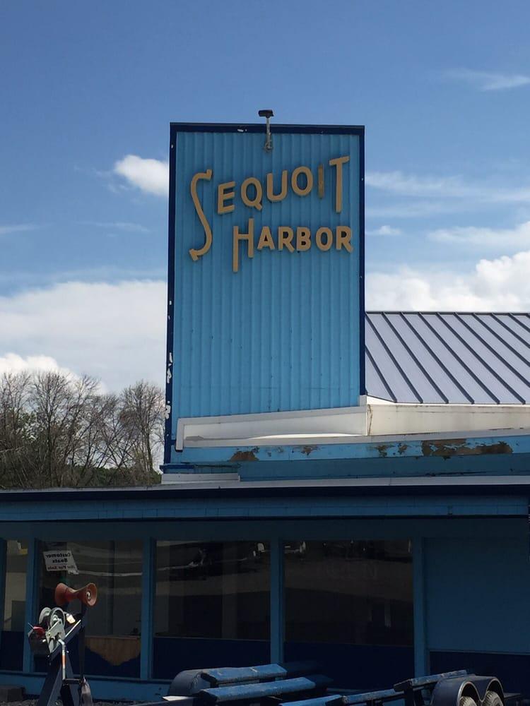 SkipperBud's Sequoit Harbor Marina: 1000 W Il Route 173, Antioch, IL