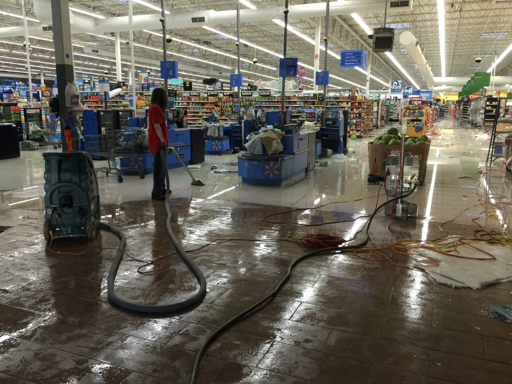 Extracting Water From The Troy Al Walmart After A Tornado