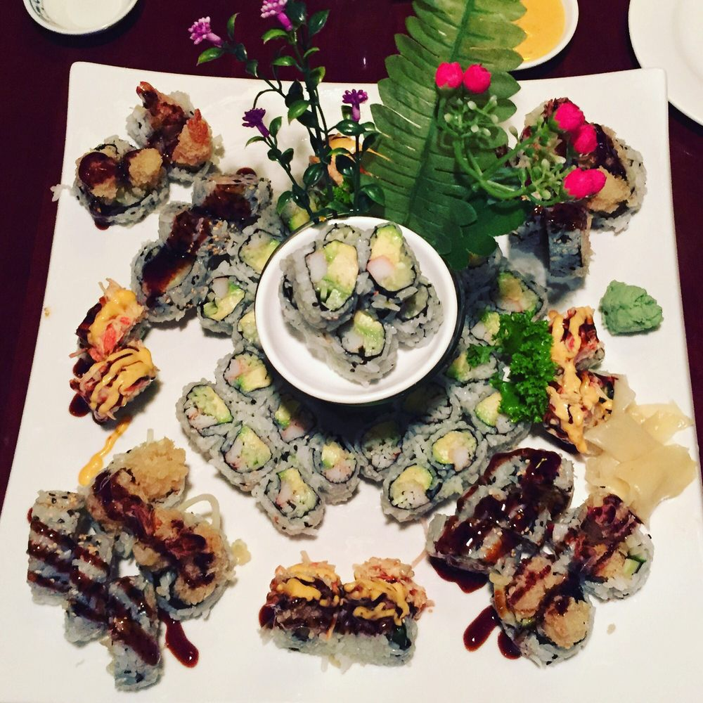 Photo of Dao Fusion Cuisine & Lounge - Stratford, CT, United States. Never disappoints! Love this sushi!