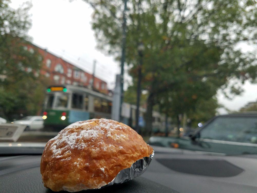 Japonaise Bakery and Cafe: 1020 Beacon St, Brookline, MA
