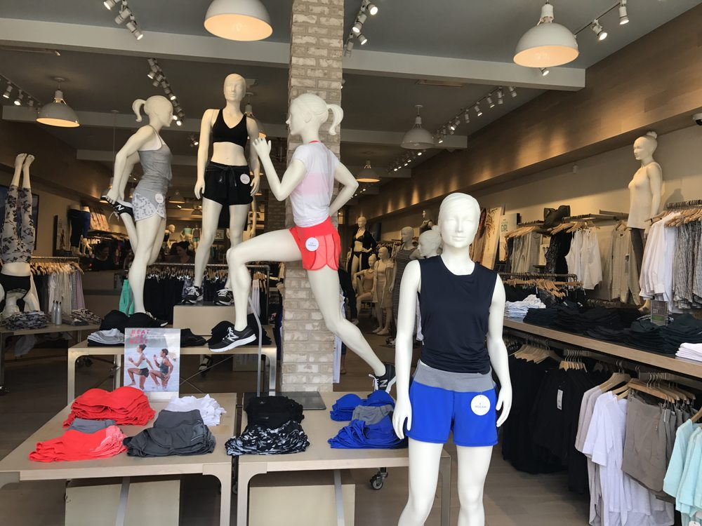 40f6aad57b375 Athleta - 36 Photos   23 Reviews - Swimwear - 4505 La Jolla Village ...