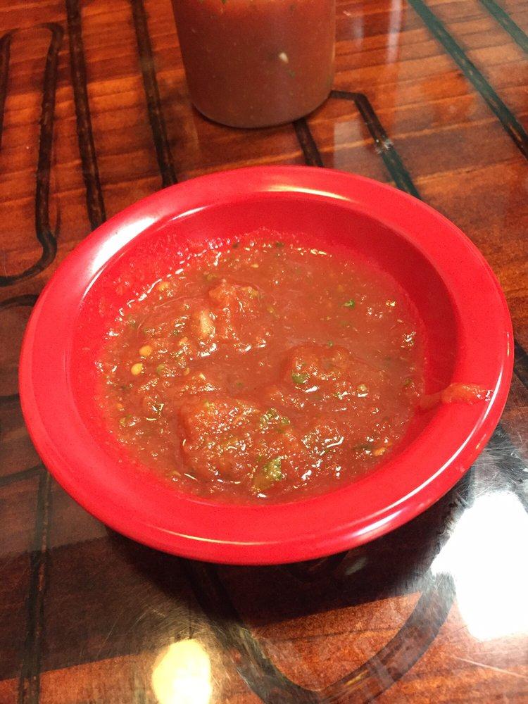 Mi Lindo Michoacan Mexican Restaurant: 3001 Irvin Cobb Dr, Paducah, KY