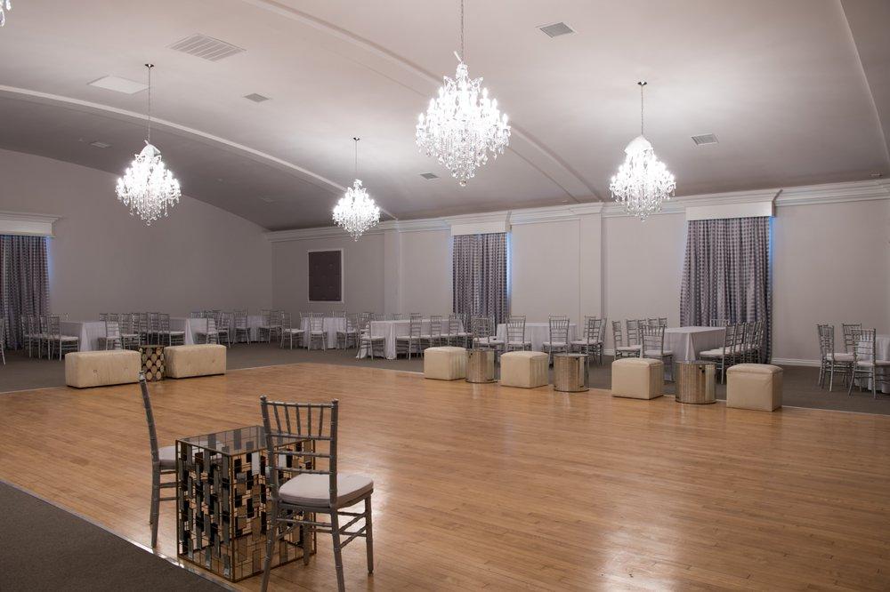 Velas Event Hall: 3624 Slauson Ave, Maywood, CA