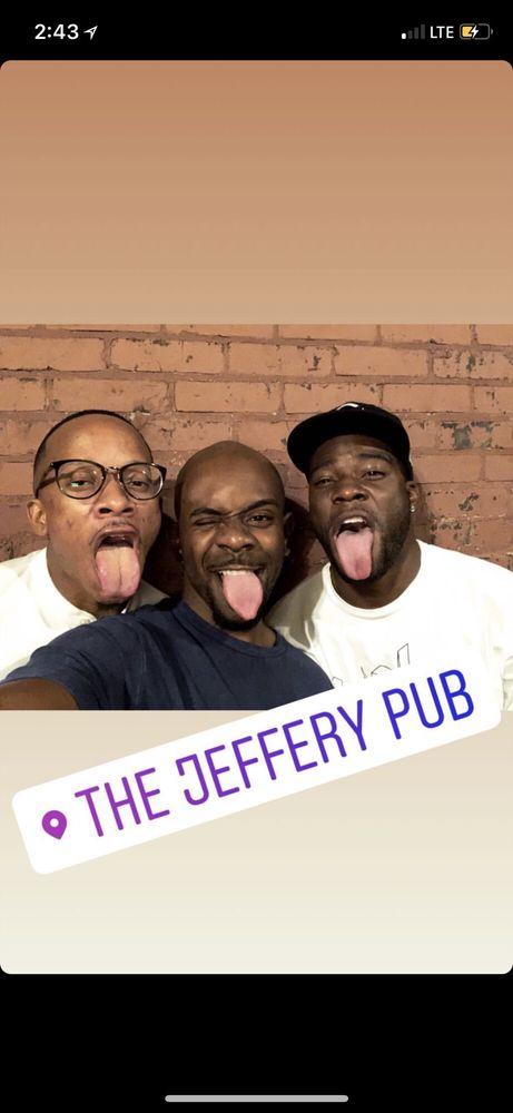 Jeffery Pub: 7041 S Jeffery Blvd, Chicago, IL