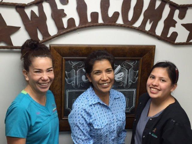 Richard Menz DDS - Carrizo Springs Family Dentistry: 405 E Nopal St, Carrizo Springs, TX